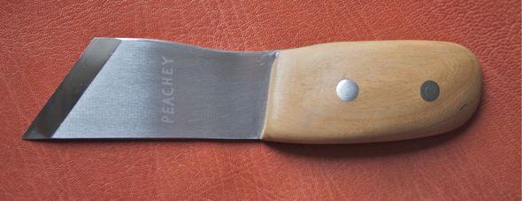custom wood carving knives