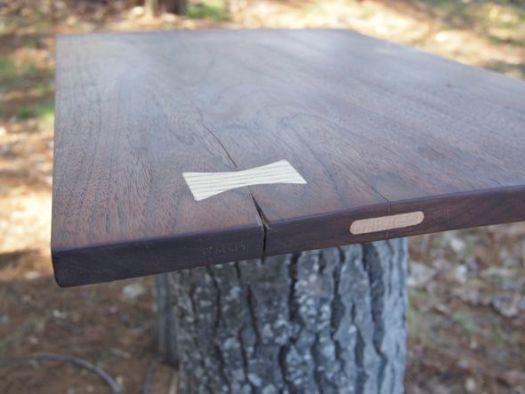 Walnut board with splits